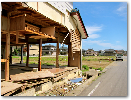 Ishinomaki neighborhood cleaned up street view